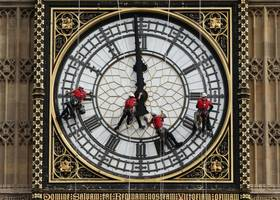 Face Of The Day: The Big Ben Clock Is Cleaned by Abseilers